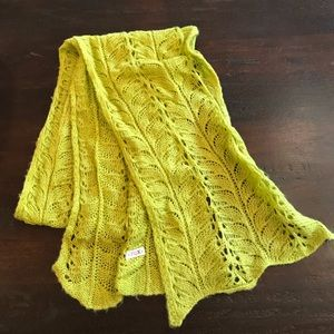 NWOT Roxy Lime Green Knit Scarf